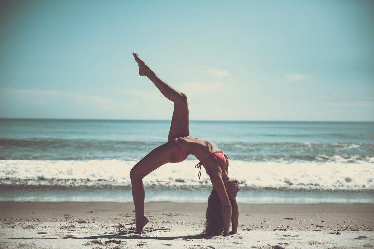 Le 5 migliori posizioni di yoga per essere sempre in forma