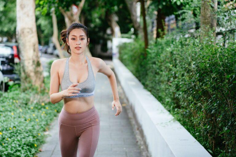 Correre per snellire le gambe: funziona davvero?